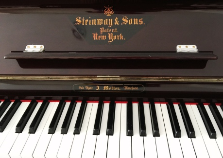 Jual piano upright Steinway & Sons